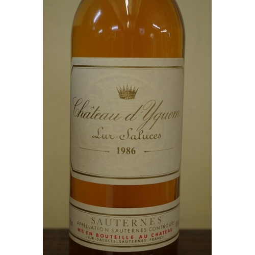 503 - <strong>A 75cl bottle of Chateau d'Yquem Sauternes 1986.</strong>...