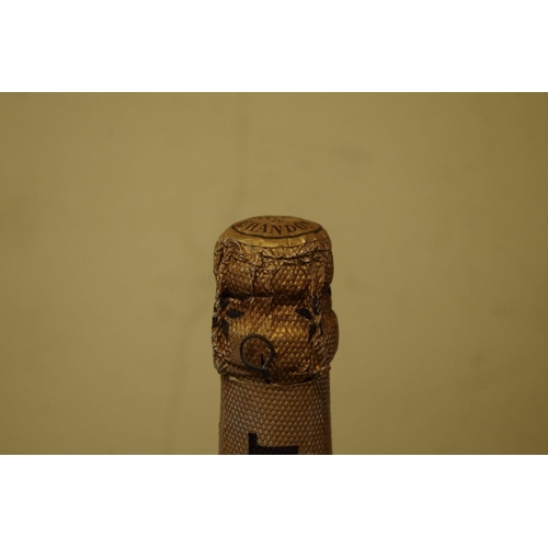 506 - <strong>A bottle of Moet & Chandon 1955 vintage Dry Imperial champagne.</strong>...