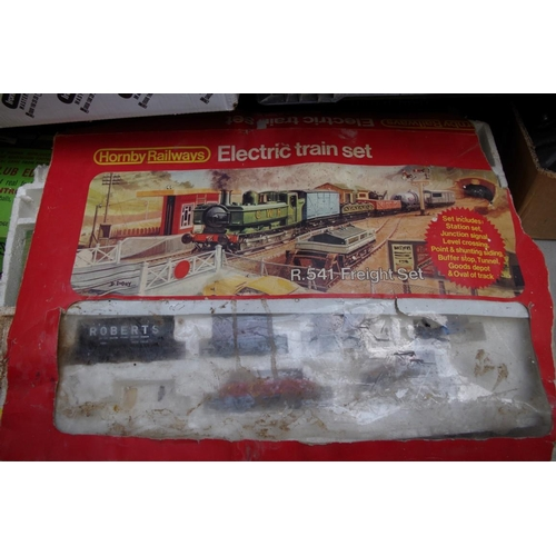 1390 - <strong>A collection of Hornby OO gauge,</strong> some boxed; together with a small quantity of Subb...