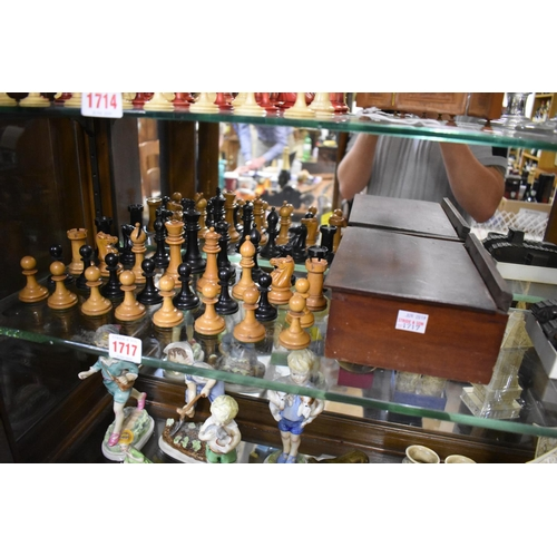 1717 - <strong>An English boxwood and ebonized Staunton pattern chess set,</strong>King 9cm, Pawn 4.6cm, i...
