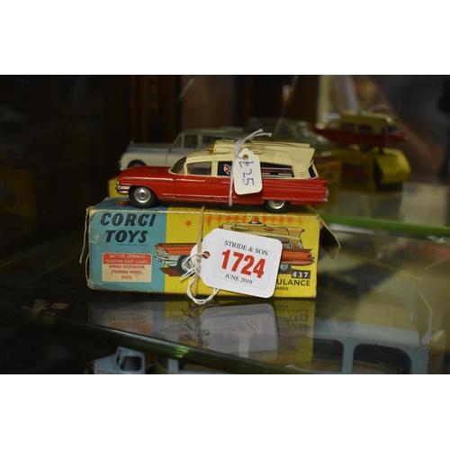 1724 - <strong>A Corgi 437 Superior Ambulance,</strong>(lacking flashing light), boxed....