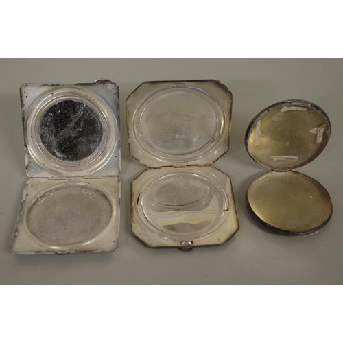 35A - <strong>Three various silver compacts.</strong>...