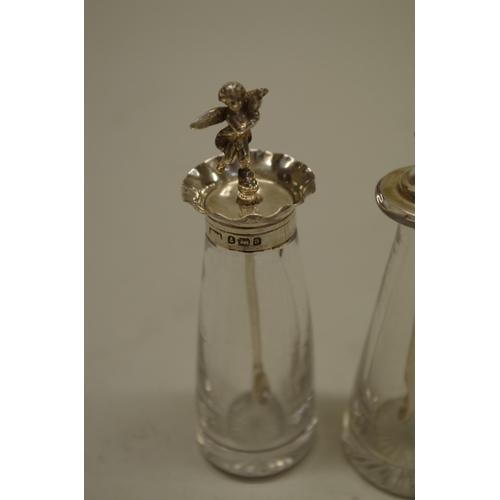 38 - <strong>A silver devil cayenne pepper spoon,</strong>by<em></em><em>Hukin & Heath,</em>Birmin...
