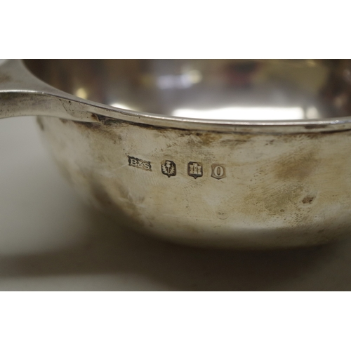 4 - <strong>A Scottish silver quaich,</strong>by <em>Brook & Son,</em>Edinburgh 1919,&nb...