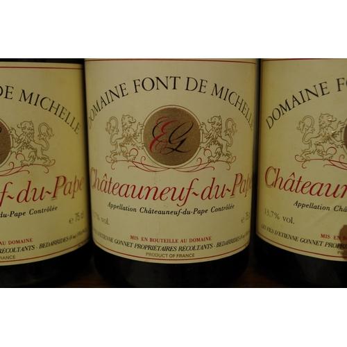 572 - <strong>Six 75cl bottles of Chateau Neuf du Pape Font de Michelle1986.</strong> (6) <br /><strong>P...