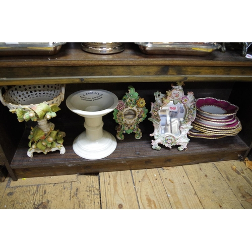 1609 - <strong>A mixed lot of 19th century and later English and Continental pottery and porcelain,</strong...