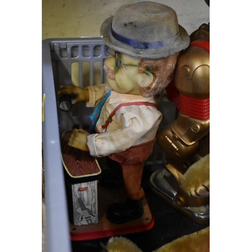 1672 - <strong>A small collection of toys, teddies and automata.</strong> (4) ...