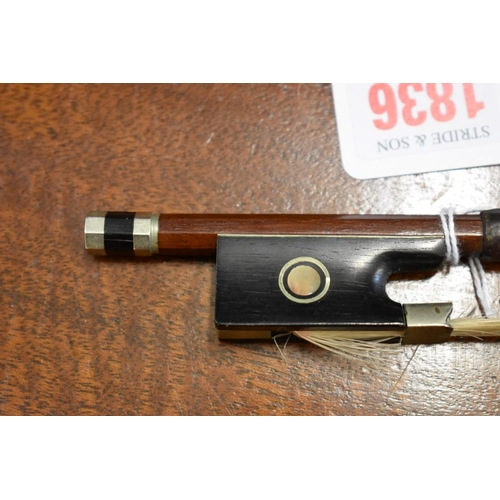 1836 - <strong>A violin bow,</strong>stamped 'J Pikadoulak'....