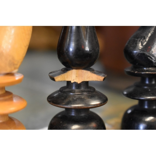 1480 - <strong>A collection of pastimes, boxes and related,</strong> to include a chess set....