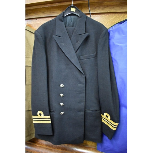 1607 - <strong>A Royal Naval Lt Commander's jacket and trousers.</strong>...