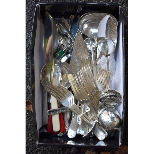 1038 - A quantity of silver plated cutlery to include cased fish servers and cased teaspoons. <strong>This ...