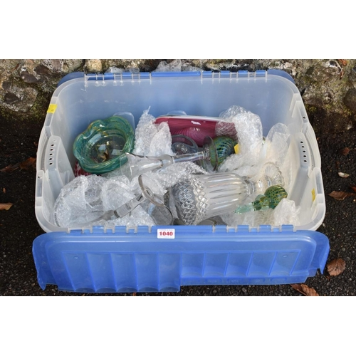 1040 - A quantity of glassware.<strong>This lot can only be collected on Saturday 5th September (10-2...