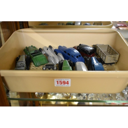 1594 - <strong>Dinky Toys: </strong>a collection of ten vintage diecast vehicles, comprising: Bentley No.36...