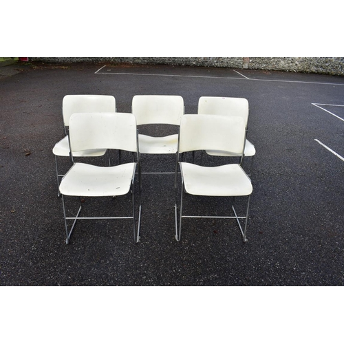 1734 - <strong>A set of five vintage GF 40/4 fireproof stacking chairs, </strong>designed by David Row...
