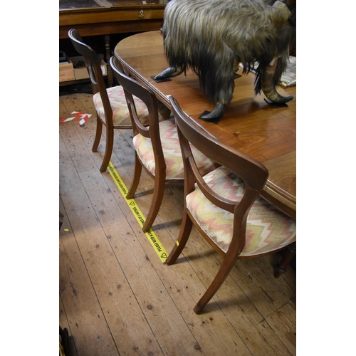 1754 - <strong>A set of six Victorian balloon back dining chairs. </strong>...