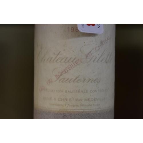 518 - <strong>A 75cl bottle of Chateau Gilette, 1962,</strong>Sauternes. (1)...