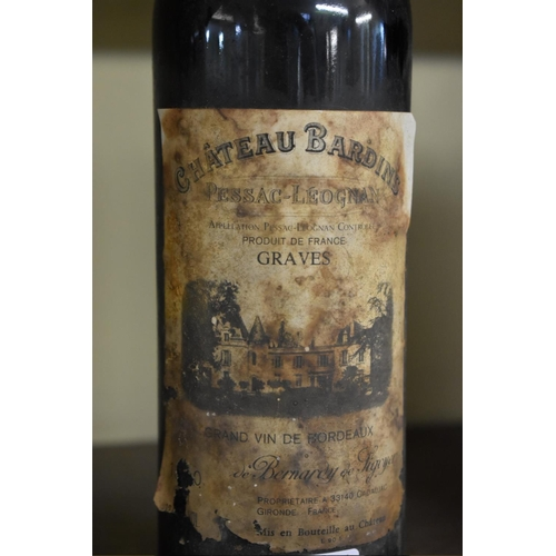 523 - <strong>A 75cl bottle of Chateau Bardins, 1990,</strong>Pessac-Leognan. (1)...
