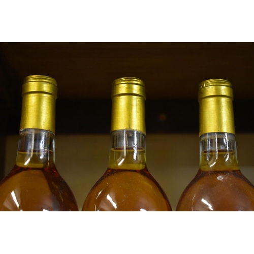 526 - <strong>Three 75cl bottles of Chateau Piot David, 1989,</strong>Sauternes. (3)...