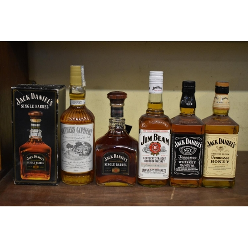 601 - <strong>Five bottles of American spirits,</strong> comprising: a 75cl Jack Daniels 'Single Barrel' w...