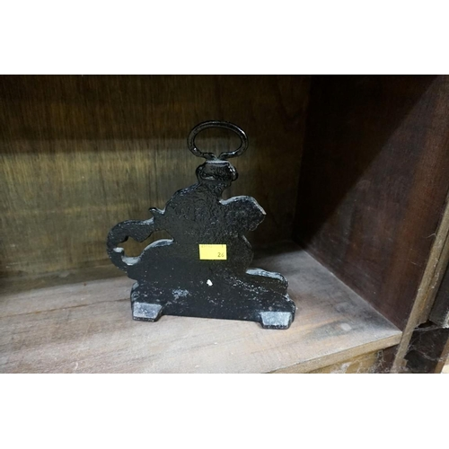 1546 - <strong>A Victorian cast iron griffin doorstop,</strong>stamped 'W B & Co', 20cm high.&nbs...