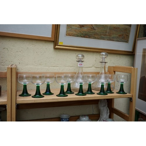 1171 - A mixed group of glassware, comprising: two clear glass decanters and stoppers; and a set of ten Lum...