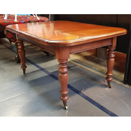 39 - Early 19th C Georgian style mahogany extending dining table, closed size L53ins W40ins with four ext...