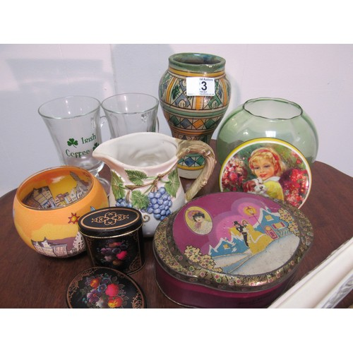 23 - Quantity of trinkets and collectables...