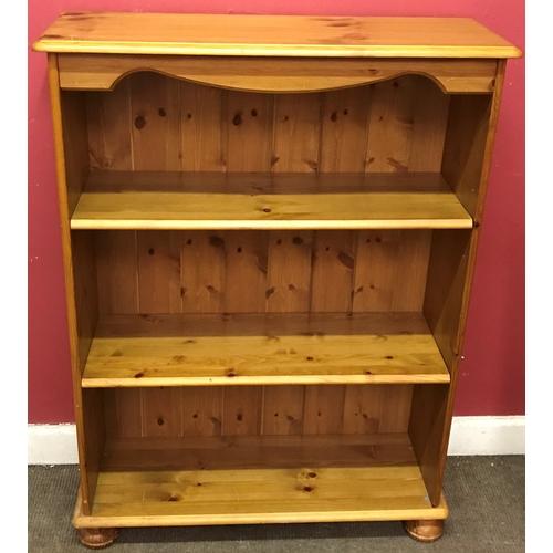 12 - Pine Bookshelf Measures 77x102cm...