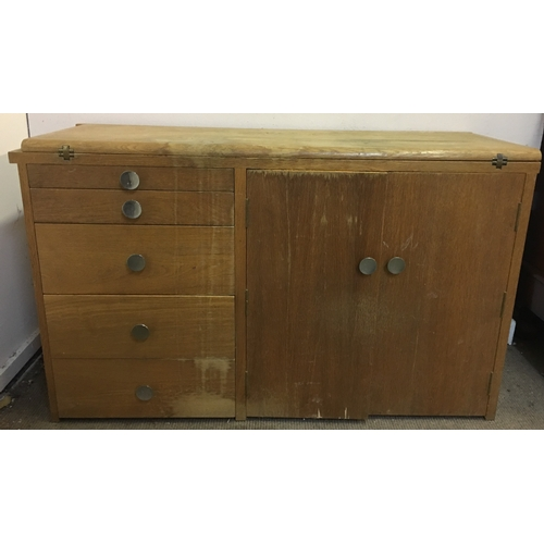 28A - Vintage Desk With Drawers Measures 113x41cm...