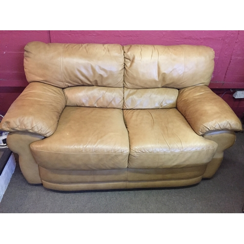 3A - Two Seater Leather Settee Measures 150x91cm...