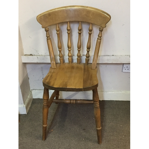 30 - 6 x Spindle back chairs  37cm x 39cm x 86cm...