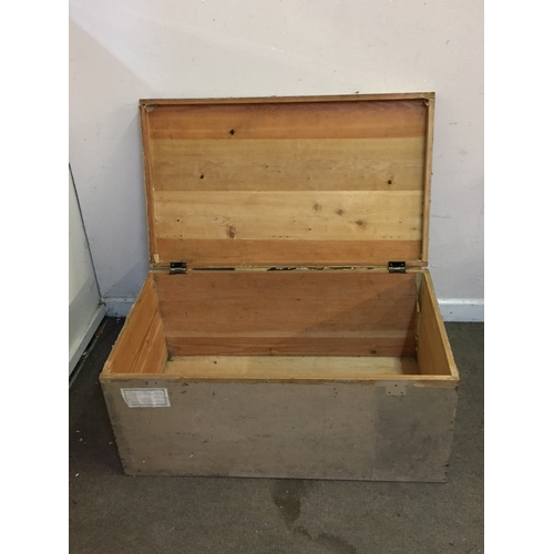 32 - Old Pine Travel chest Named To A Wing Commander 91cm x 54cm x 42cm...