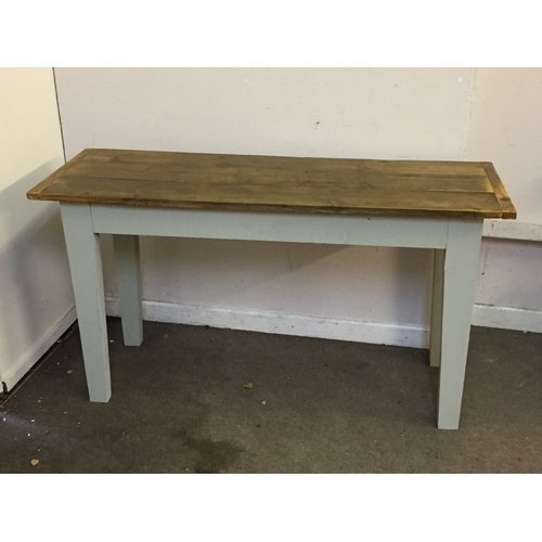 46 - Farmhouse table 142cm x 49cm x 78cm...