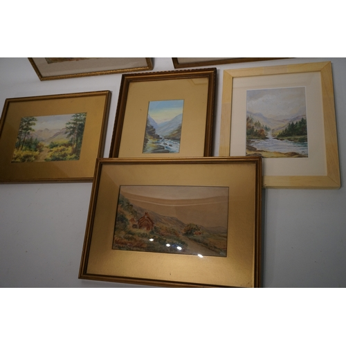 83 - Group of signed oil paintings by R Somerset (6)...