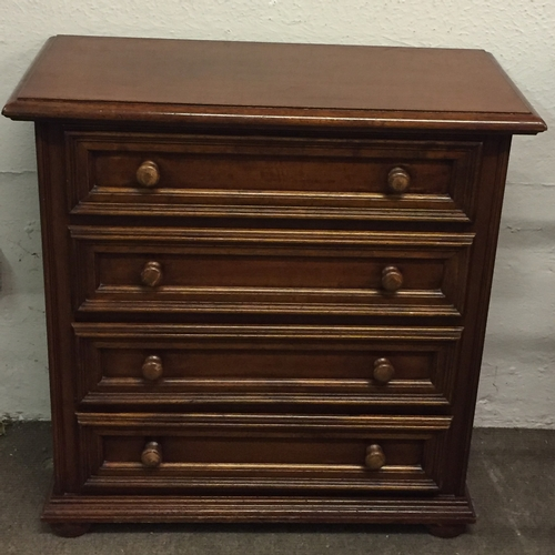 16 - 4 Drawer Chest Of Drawers 68 x 34 x 80 cms...