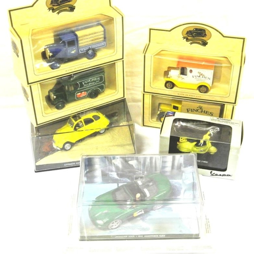 9 - Collection of old model cars, etc in box...