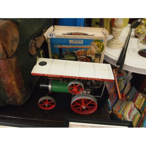 41 - Mamod steam traction engine with accessories and original box...
