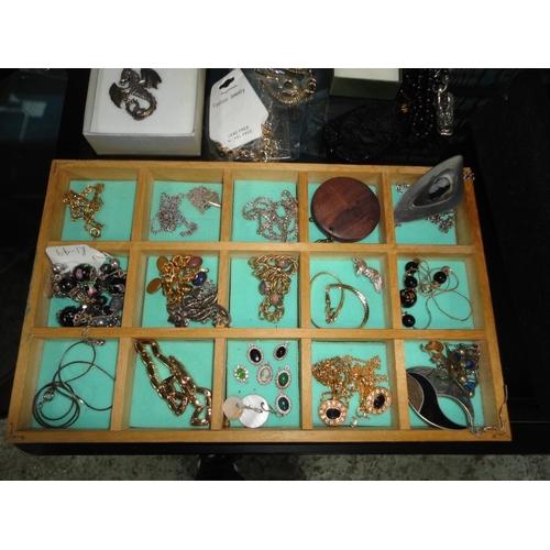 42 - display tray of jewellery...