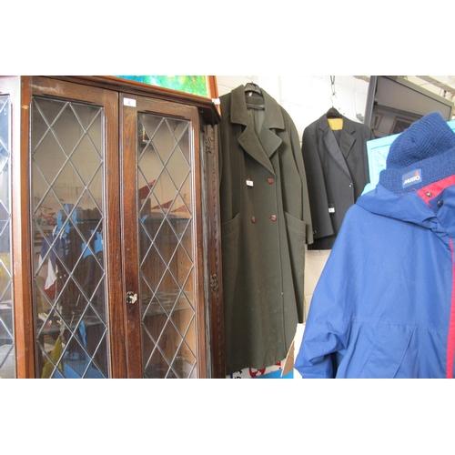 5 - Eleganze long green over coat approximately XXL-XXXL...