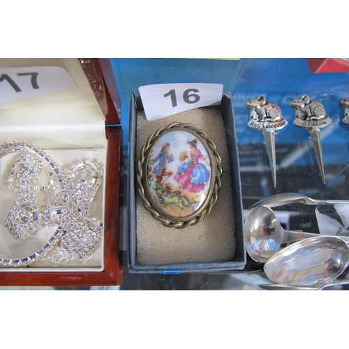 16 - French Limoges brooch...