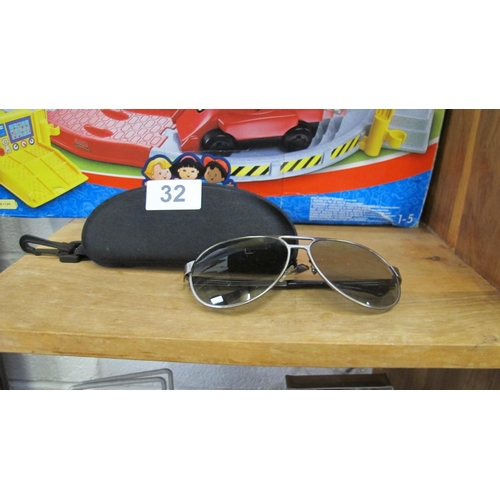 32 - Sunglasses with case...