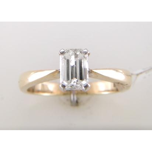21 - Valued by GIE œ8,289.00 - 18ct Single Stone Emerald Cut Diamond Ring D SI3 0.72 Carats - 1125013, Co...