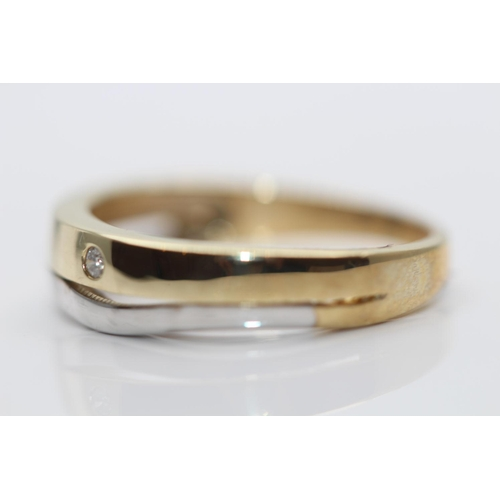 53 - ***£1360.00*** 9CT YELLOW AND WHITE GOLD DIAMOND RING, SET WITH SINGLE DIAMOND SOLITAIRE, RING SIZE-...