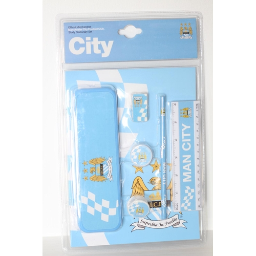 47 - X5 BRAND NEW MANCHESTER CITY STATIONARY SET, THERE ARE 5 ITEMS IN THIS LOT...