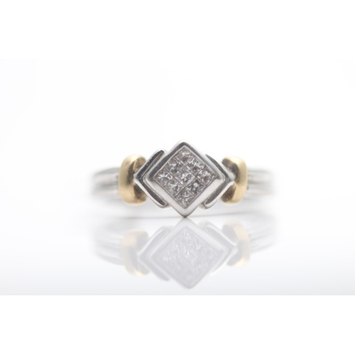 46 - 9CT WHITE GOLD LADIES DIAMOND RING, RING SIZE- M (63)...