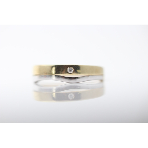 18 - 9CT YELLOW AND WHITE GOLD DIAMOND RING, SET WITH A D, VS1 DIAMOND, INCLUDES GIE VALUATION- £1360.00 ...