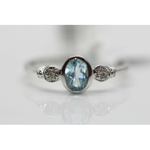 53 - ***£829.00*** 9ct White Gold Ladies Diamond and Topaz Ring, Colour- D, Clarity- VS, Contains GIE Ins...