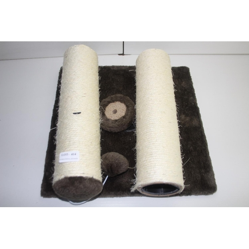 414 - GRADE U- UNBOXED CAT SCRATCH POST WITH BASE...