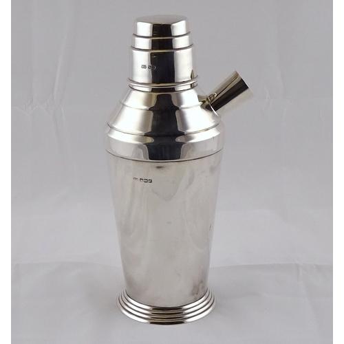 5 - An Art Deco influence silver cocktail shaker, Sheffield 1934.  660gr / 255mm tall.  a/f minor dents ...