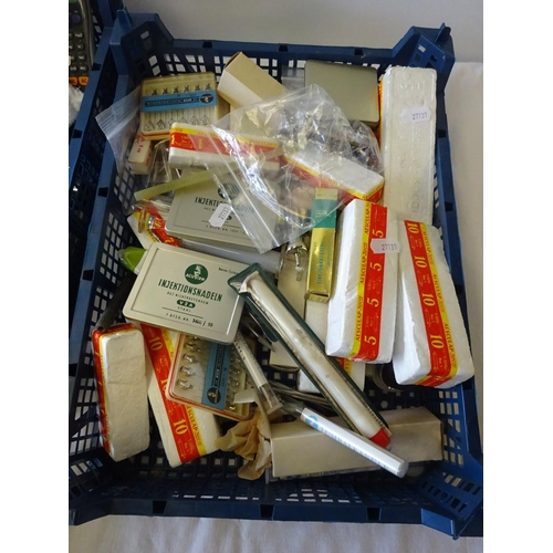 19 - Two small trays containing various veterinarian related items.